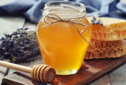 "Raw Honey vs. ""Regular"" Honey: What's the Difference and Does it Really Matter?"